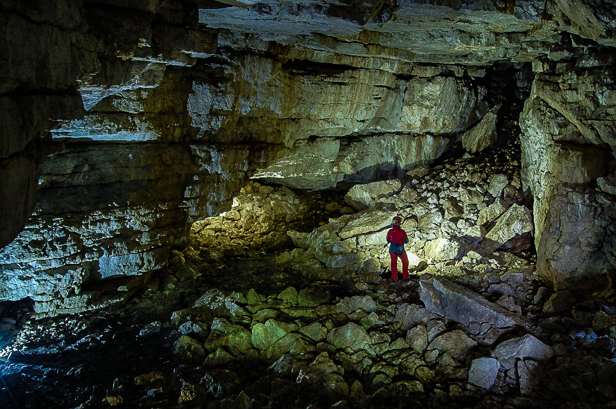 Cervati caves, the prehistoric site where the outlaws' cacio becomes special