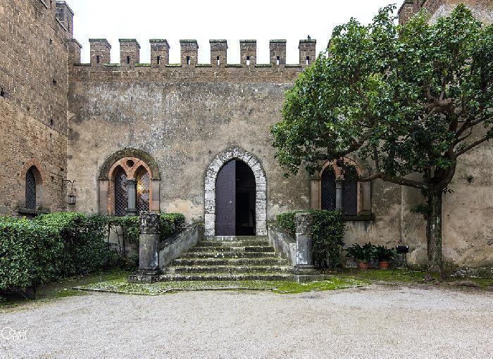 LAURO,  il Castello…