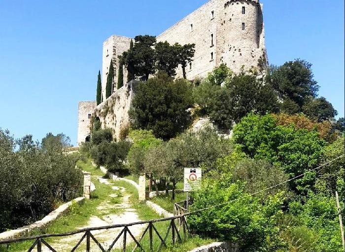Rocca d'Evandro,…